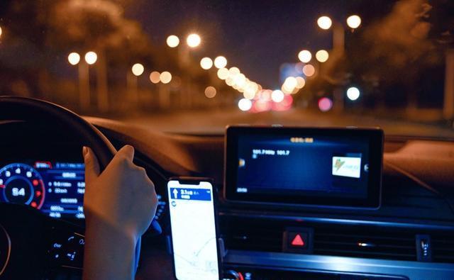 夜间开车走高速公路比白天危险多少?